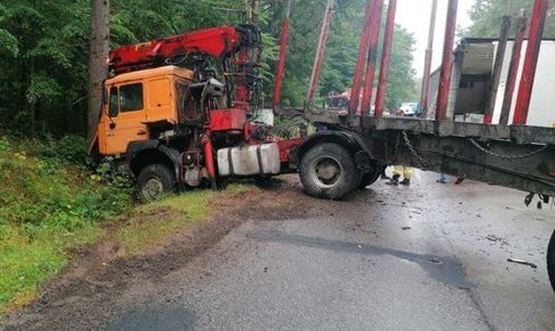 Wypadek drogowy na trasie Czarna Dąbrówka - Rokity