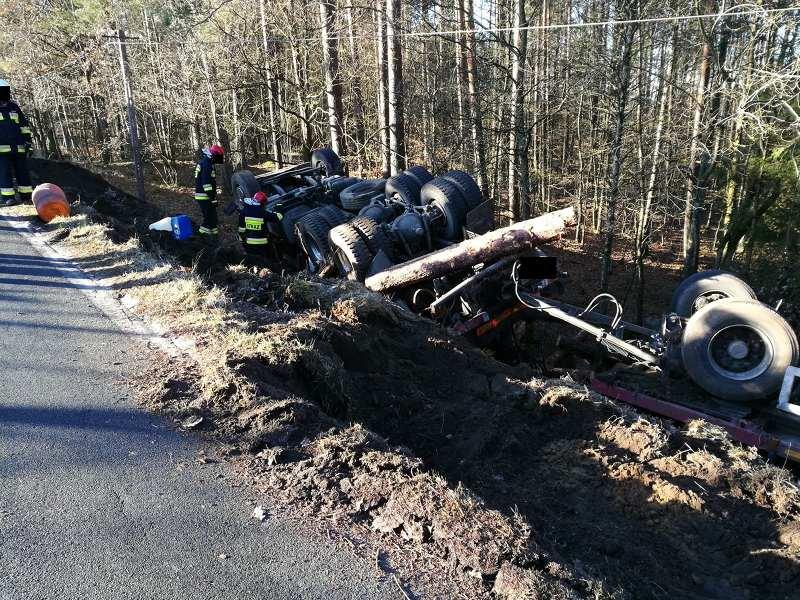 Wypadek drogowy na trasie Rokity-Rokitki