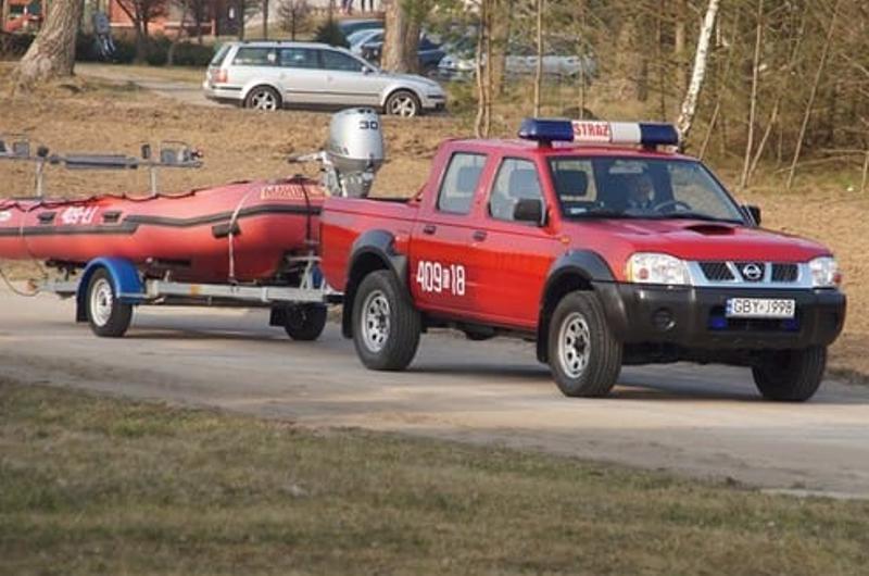 Tragiczny finał poszukiwania wędkarza na jeziorze leśnym niedaleko Łupawska